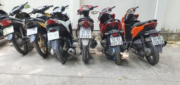 Còn nhiều người liên quan vụ đua xe trên cao tốc TP HCM-Long Thành-Dầu Giây  - Ảnh 1.