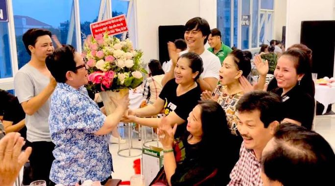 Võ Minh Lâm, Tú Sương cảm ơn đạo diễn Hoa Hạ - Ảnh 5.