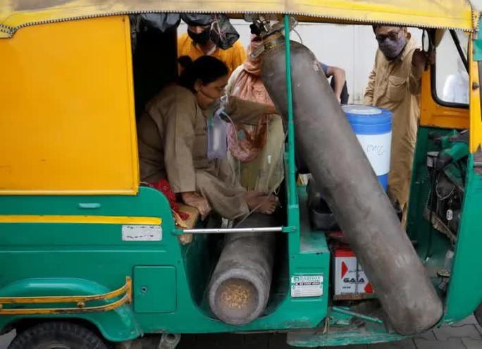 Ấn Độ: Số ca nhiễm lại tăng sốc, người đào mộ chạy đua với thời gian - Ảnh 3.