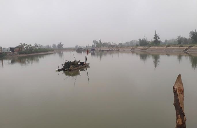 Chi 43 tỉ đồng nâng cấp chưa lâu, cảng cá ở Thanh Hóa đã trùm mền - Ảnh 11.