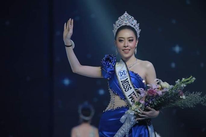 Hoa hậu Thế giới Lào 2021 từ bỏ vương miện sau bê bối gian lận tuổi - Ảnh 1.