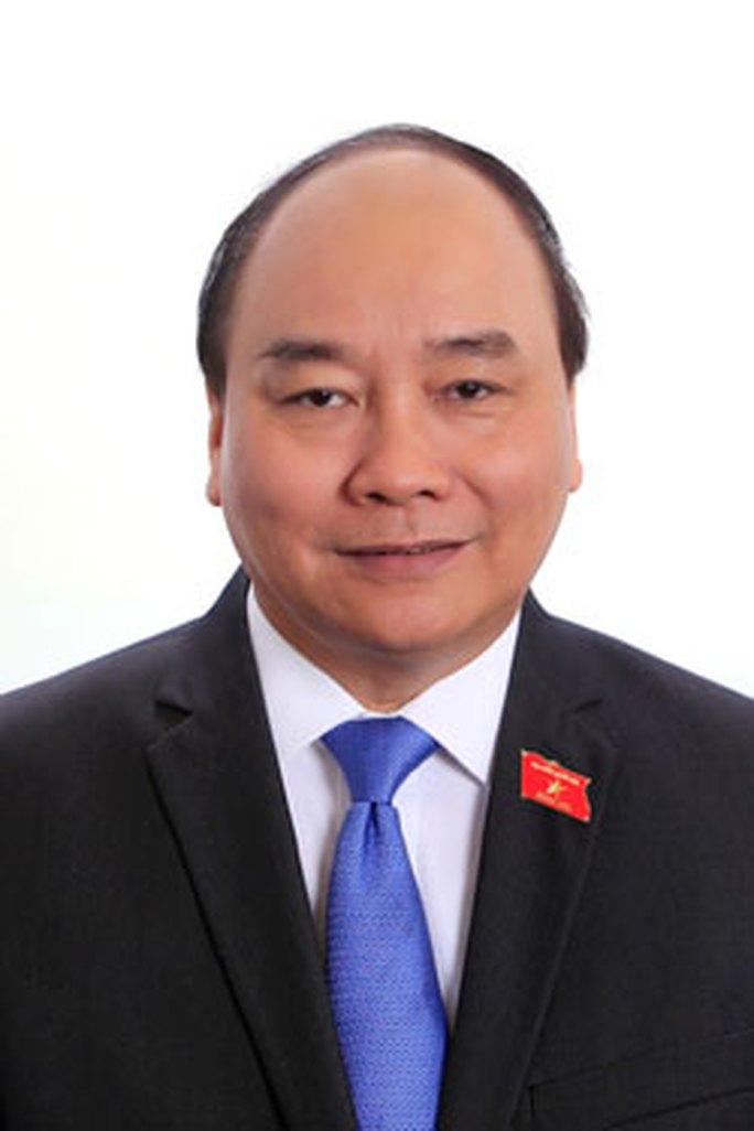 2-Nguyễn-Xuân-Phúc-(1)