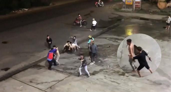 CLIP: Nhóm phượt thủ bị đánh dã man ở  Đồng Nai - Ảnh 3.