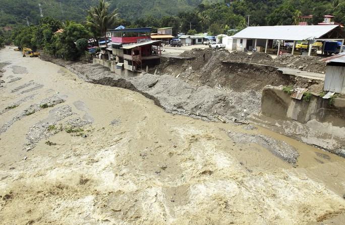 Indonesia: Lũ lụt và sạt lở kinh hoàng, ít nhất 119 người chết - Ảnh 7.