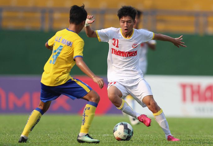 Lứa đàn em Công Phượng toàn thắng vòng bảng VCK U19 quốc gia 2021 - Ảnh 2.