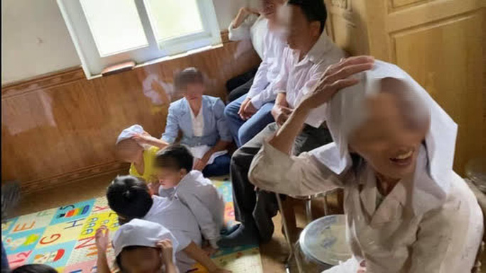 Phát hiện 6 người lớn, 6 trẻ em đang sinh hoạt Hội thánh Đức Chúa Trời Mẹ trái phép - Ảnh 1.
