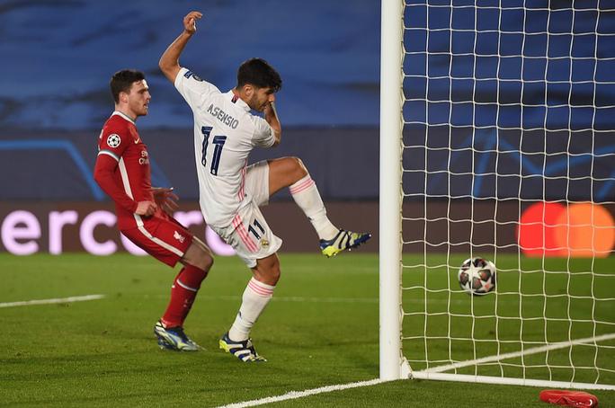 Thần đồng Vinicius lập cú đúp, tiễn chân Liverpool vòng tứ kết - Ảnh 3.