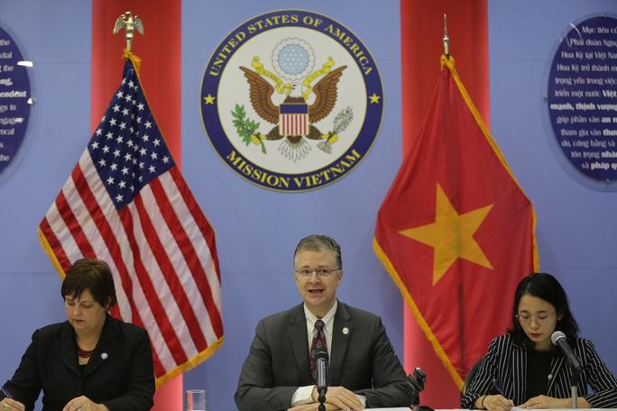 Đại sứ Mỹ tại Việt Nam Daniel Kritenbrink: Trong hoạn nạn biết đâu là bạn tốt - Ảnh 1.
