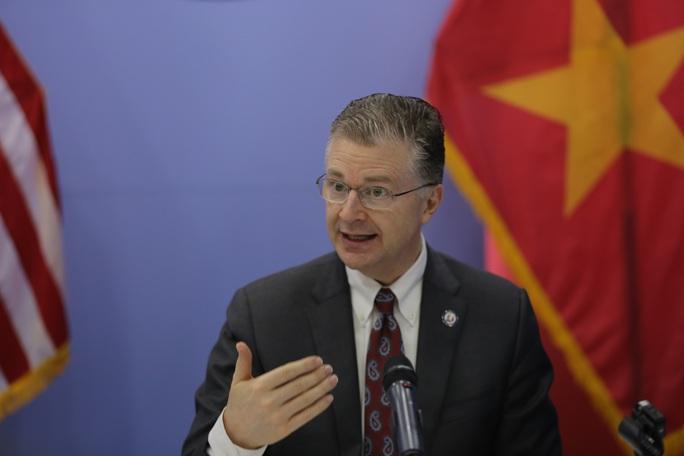Đại sứ Mỹ tại Việt Nam Daniel Kritenbrink: Trong hoạn nạn biết đâu là bạn tốt - Ảnh 4.
