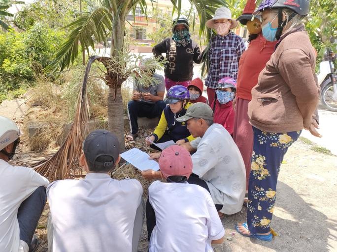 Lo ảnh hưởng cuộc sống, nhiều người dân Bình Định phản đối doanh nghiệp hút cát - Ảnh 1.