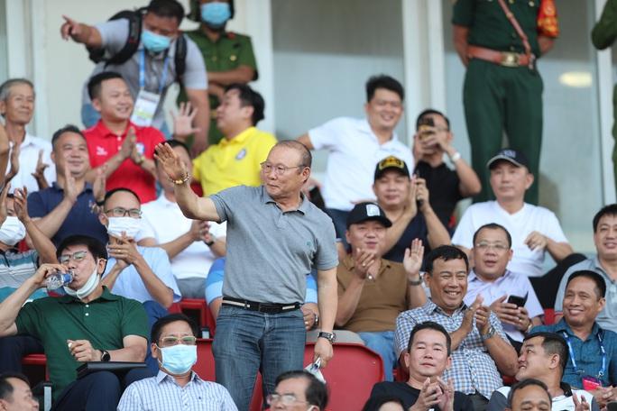Công Phượng và Văn Toàn lập công, Hoàng Anh Gia Lai lấy lại ngôi đầu V-League 2021 - Ảnh 6.