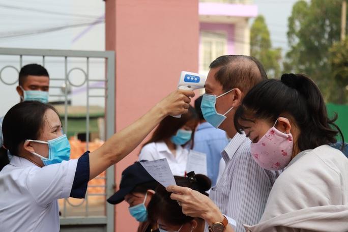 Toàn cảnh phiên tòa xét xử đường dây sản xuất xăng giả của Trịnh Sướng - Ảnh 3.