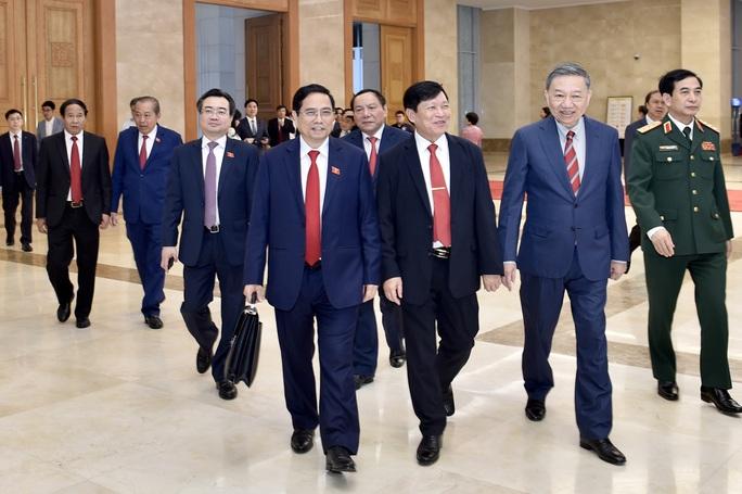 Các chuyên gia nước ngoài hy vọng vào Thủ tướng mới của Việt Nam - Ảnh 2.