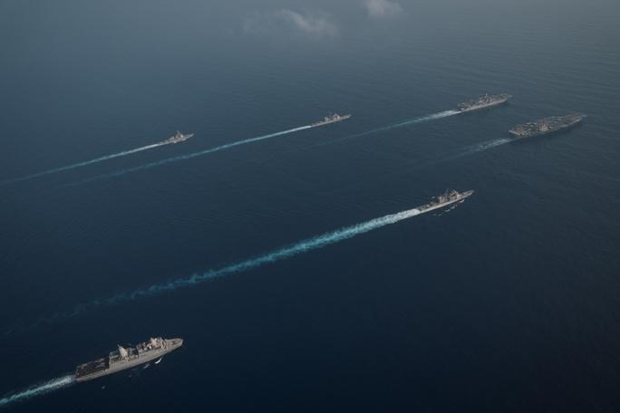 Mỹ đưa lực lượng hùng hậu đến biển Đông - Ảnh 4.