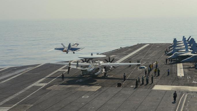 Mỹ đưa lực lượng hùng hậu đến biển Đông - Ảnh 3.