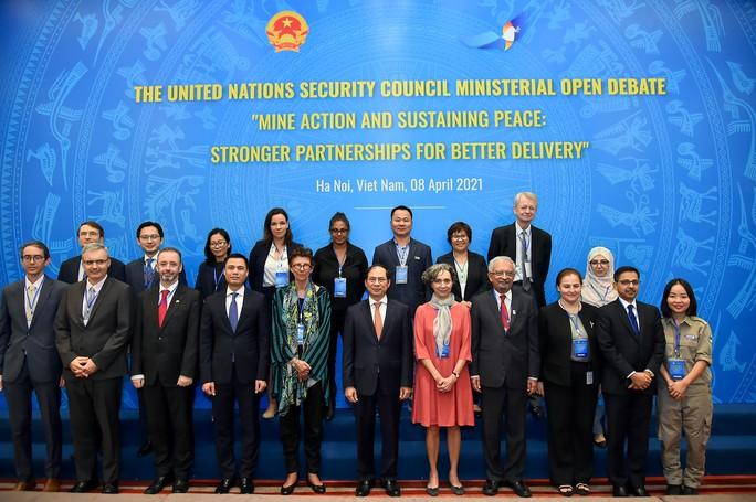 Diễn viên Dương Tử Quỳnh dự cuộc họp Liên Hiệp Quốc do Việt Nam chủ trì - Ảnh 5.