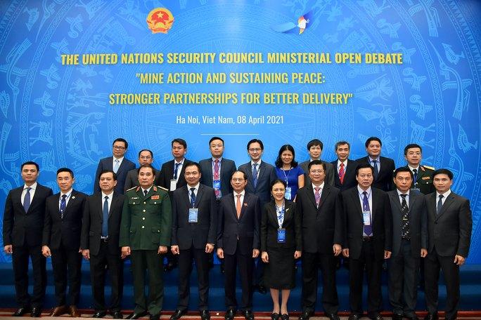 Diễn viên Dương Tử Quỳnh dự cuộc họp Liên Hiệp Quốc do Việt Nam chủ trì - Ảnh 6.