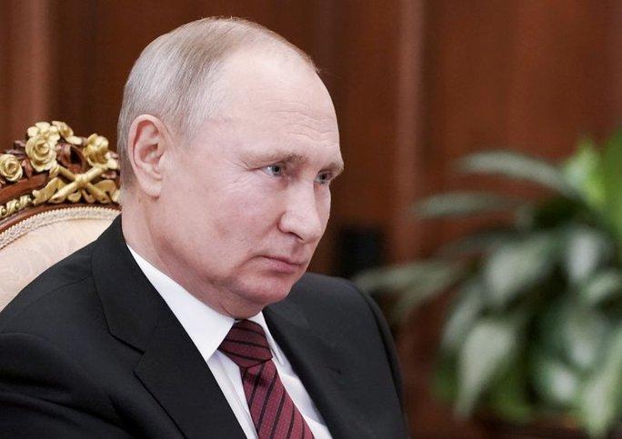 Căng thẳng Ukraine: Nga nói cứng, Mỹ cân nhắc điều tàu chiến - Ảnh 2.