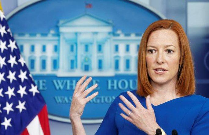 Căng thẳng Ukraine: Nga nói cứng, Mỹ cân nhắc điều tàu chiến - Ảnh 1.