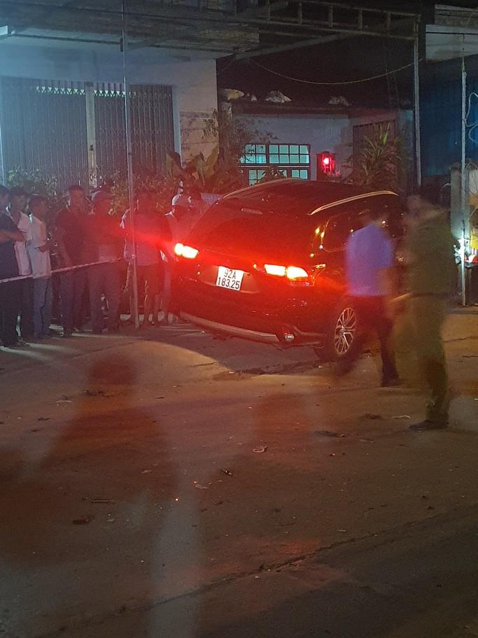 Chùm ảnh: Hiện trường vụ tai nạn kinh hoàng ở Quảng Nam - Ảnh 10.