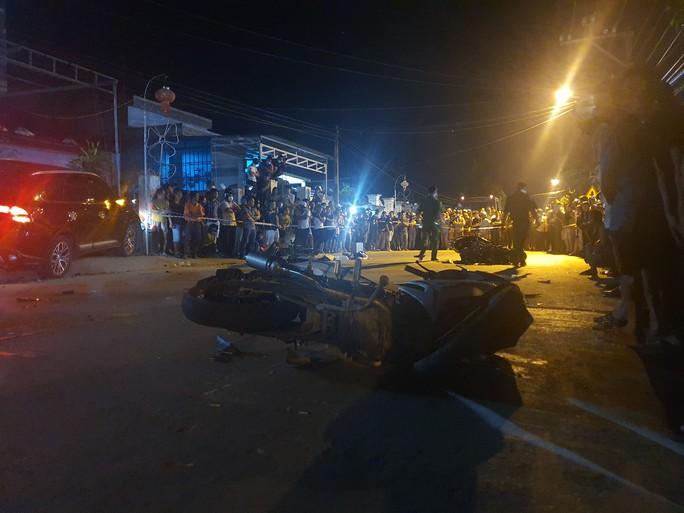 Chùm ảnh: Hiện trường vụ tai nạn kinh hoàng ở Quảng Nam - Ảnh 4.