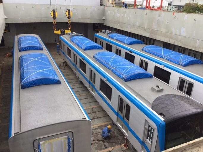 Hình ảnh đầu tiên của 2 đoàn tàu metro số 1 về cảng TP HCM - Ảnh 5.