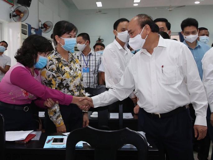 Chủ tịch nước Nguyễn Xuân Phúc mong muốn Hóc Môn sớm thành quận - Ảnh 2.