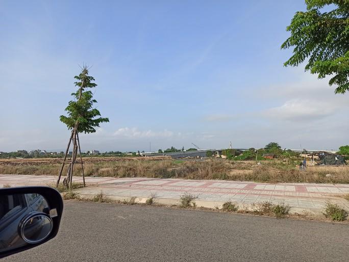 Phú Yên: Khởi tố vụ đấu giá sỉ 262 lô đất sai quy định - Ảnh 1.