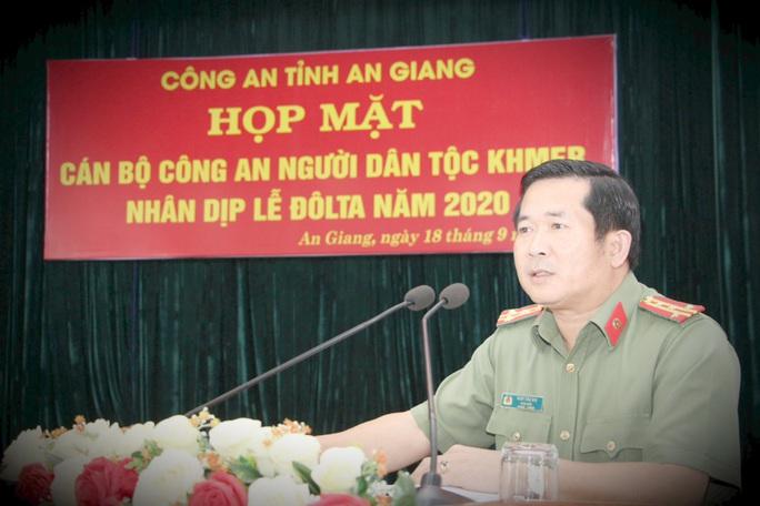 Giám đốc Công an An Giang nói về lý do công khai số điện thoại cá nhân - Ảnh 1.