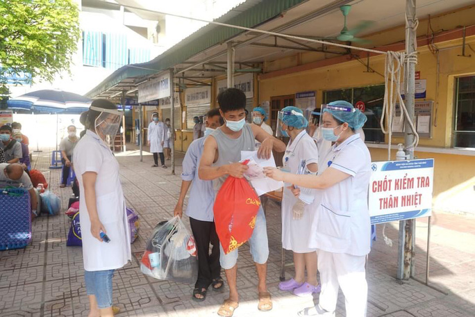 2 bệnh nhân tại Bệnh viện Phổi Thái Bình dương tính với SARS-CoV-2 - Ảnh 1.