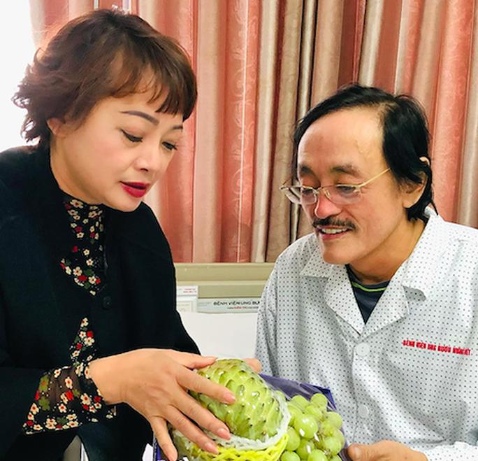 Sức khoẻ nghệ sĩ Giang Còi cải thiện sau khi nhập viện vì ung thư - Ảnh 1.