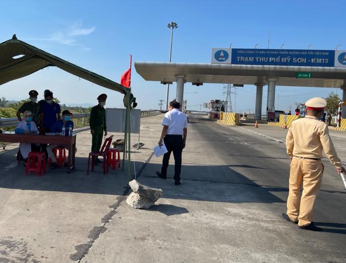 Xe khách từ các địa phương có dịch tới Quảng Nam chỉ được dừng 7 địa điểm - Ảnh 1.