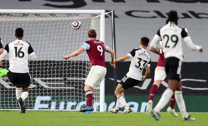 Fulham thua chung kết ngược, Ngoại hạng Anh đủ 3 suất rớt hạng - Ảnh 4.