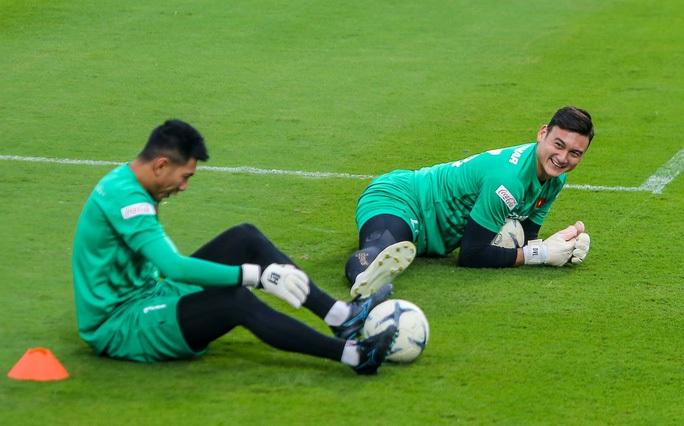 Thủ thành Đặng Văn Lâm sẽ sớm lên tuyển nếu CLB Nhật Bản có người thay thế - Ảnh 2.