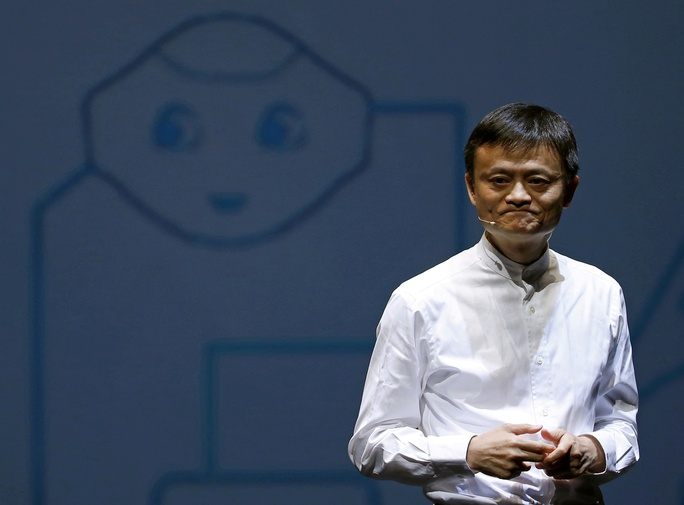 Tỉ phú Jack Ma bất ngờ đến trụ sở Alibaba - Ảnh 1.
