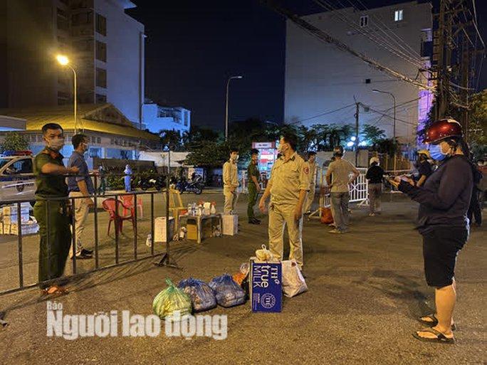Đà Nẵng: Hơn 30 ca nghi nhiễm Covid-19, phong tỏa khẩn cấp KCN An Đồn trong đêm - Ảnh 5.