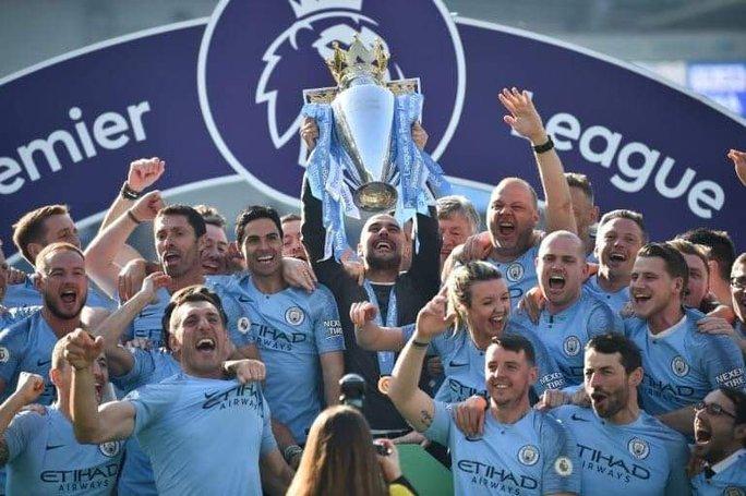 Thua Leicester sân nhà, Man United dâng chức vô địch cho Man City - Ảnh 8.