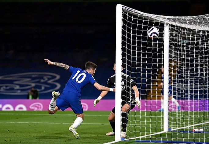 Chelsea tặng quà trận derby, Arsenal mơ mộng Top 6 - Ảnh 6.