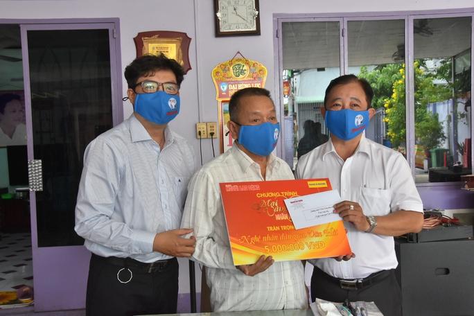 Chương trình Mai Vàng nhân ái thăm nhạc sĩ Văn Hải - Ảnh 1.