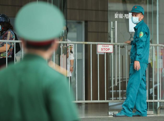 KHẨN: Yêu cầu xử lý Giám đốc trốn khai báo sau đó dương tính SARS-CoV-2 - Ảnh 2.