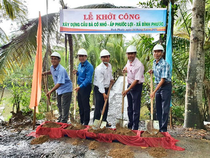CEP xây cầu dân sinh cho người nghèo tại tỉnh Vĩnh Long - Ảnh 1.