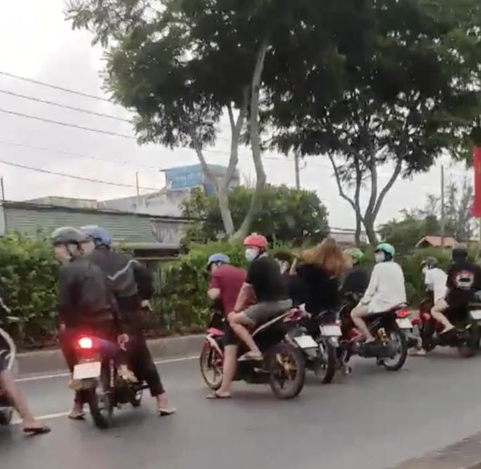 TP HCM: Khởi tố 15 người quạy tưng Quốc lộ 22 để mừng sinh nhật - Ảnh 2.