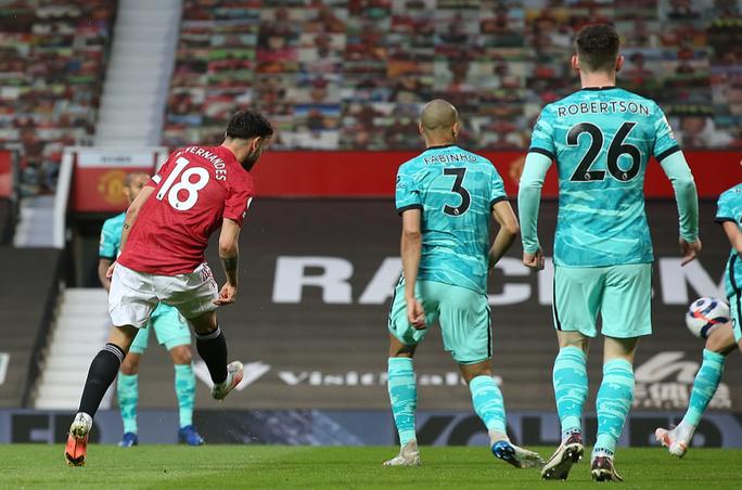 Đại tiệc 6 bàn thắng, Man United lại gục ngã sân nhà - Ảnh 3.