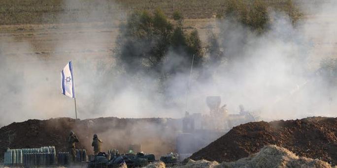Phát hiện 3 rốc-két từ Lebanon bắn về phía Israel - Ảnh 1.