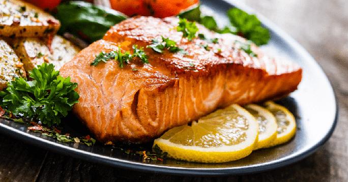 Ăn những món này, bớt sợ nhồi máu cơ tim do di truyền - Ảnh 1.