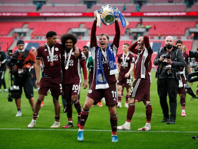 Leicester chờ 137 năm mới vô địch - Ảnh 1.