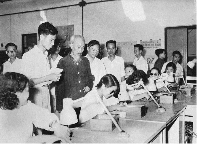 Chủ nghĩa xã hội và con đường đi lên chủ nghĩa xã hội ở Việt Nam - Ảnh 3.