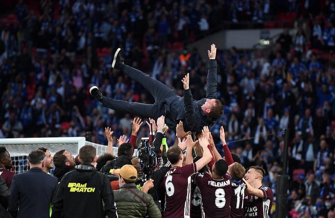Hạ Chelsea, Leicester đoạt FA Cup lịch sử sau 137 năm - Ảnh 10.