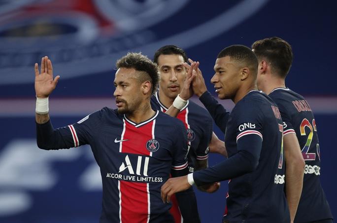 Song sát Neymar - Mbappe lập công, PSG áp sát ngôi đầu bảng Ligue 1 - Ảnh 3.