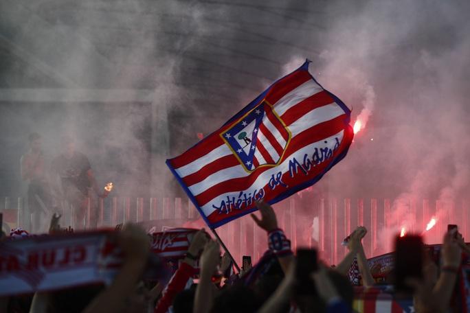 Atletico Madrid ngược dòng siêu đỉnh, chạm vào giấc mơ La Liga - Ảnh 7.